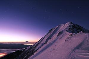 赤岳の明け方