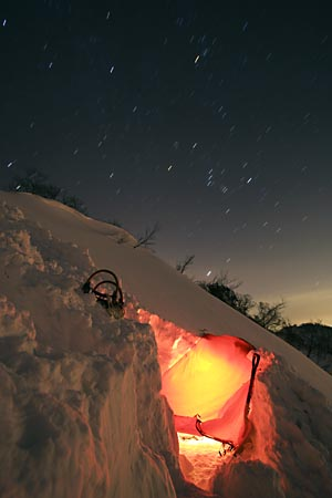 雪洞とオリオン